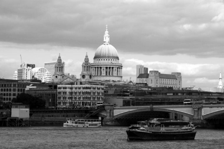 Q_london